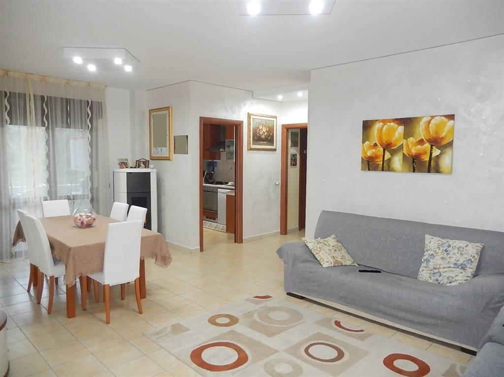Appartamento in vendita a San Floro, 3 locali, zona Località: TORRE DEL DUCA, prezzo € 72.000 | CambioCasa.it