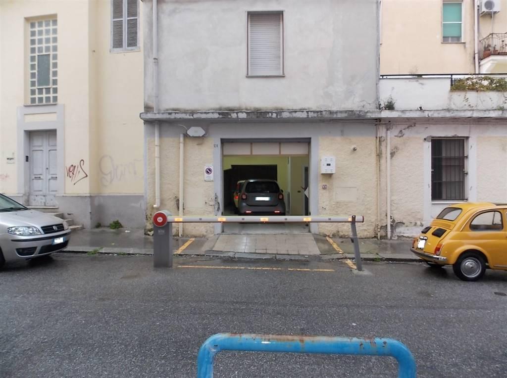 Magazzino in vendita a Catanzaro, 1 locali, zona Zona: Quartiere S. Leonardo , prezzo € 100.000 | CambioCasa.it