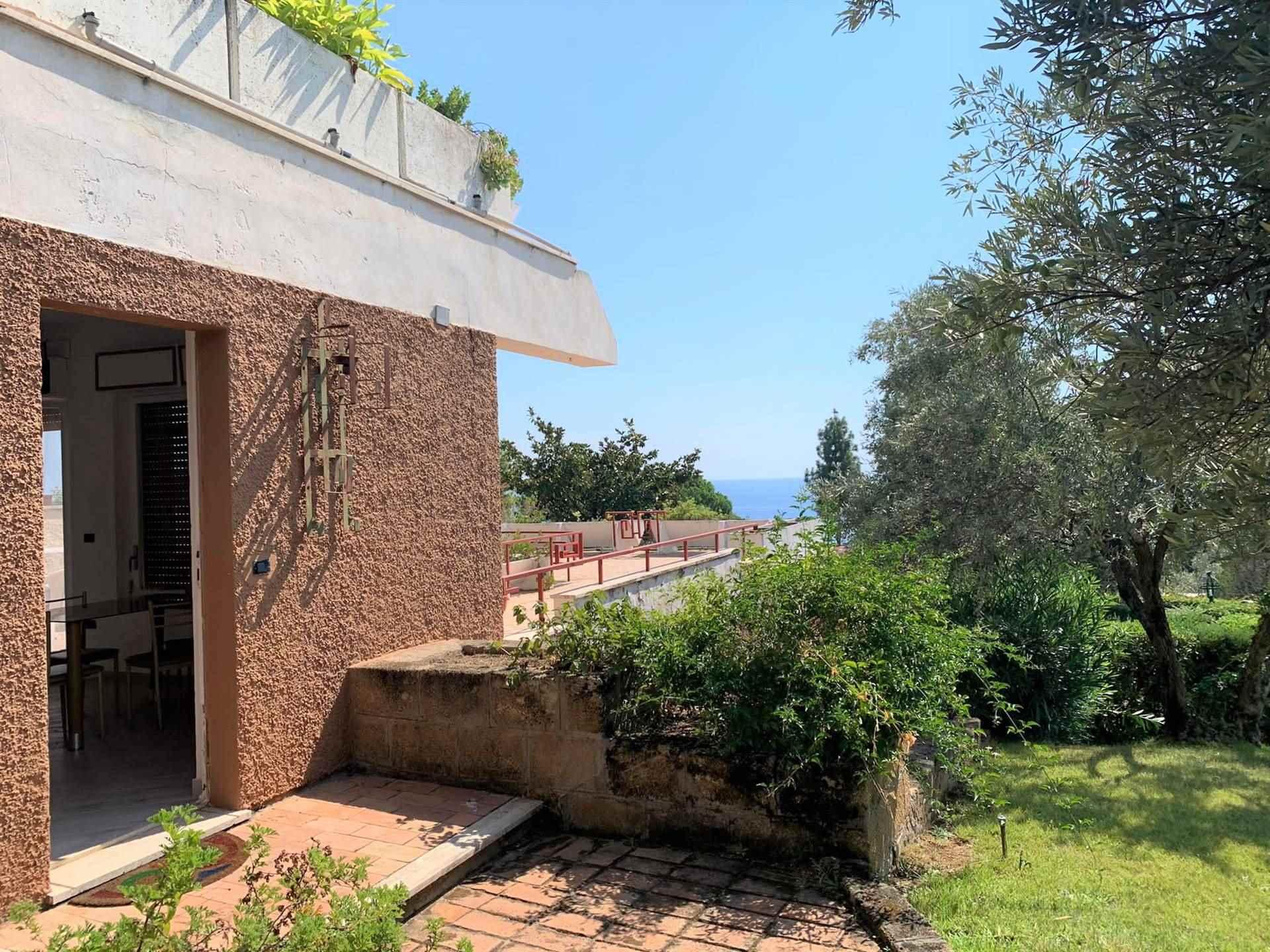 Appartamento in vendita a Montauro, 3 locali, zona Località: COSTARABA, prezzo € 120.000 | CambioCasa.it