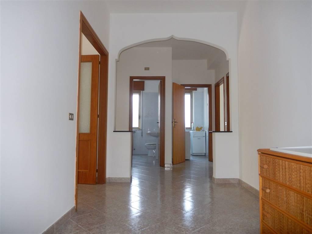Appartamento in vendita a Catanzaro, 4 locali, zona Zona: Catanzaro Lido, prezzo € 153.000 | CambioCasa.it