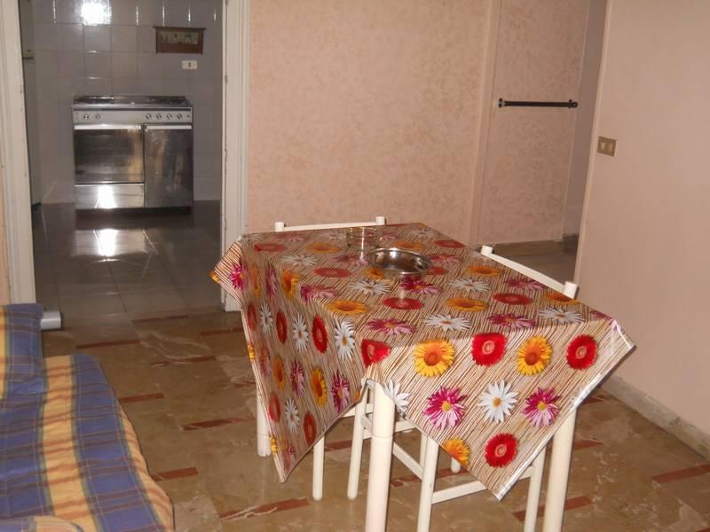 Soluzione Semindipendente in affitto a Ragusa, 6 locali, zona Località: RAGUSA IBLA, prezzo € 120 | Cambio Casa.it