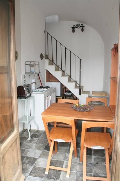 Soluzione Indipendente in affitto a Ragusa, 2 locali, zona Località: RAGUSA IBLA, prezzo € 260 | Cambio Casa.it