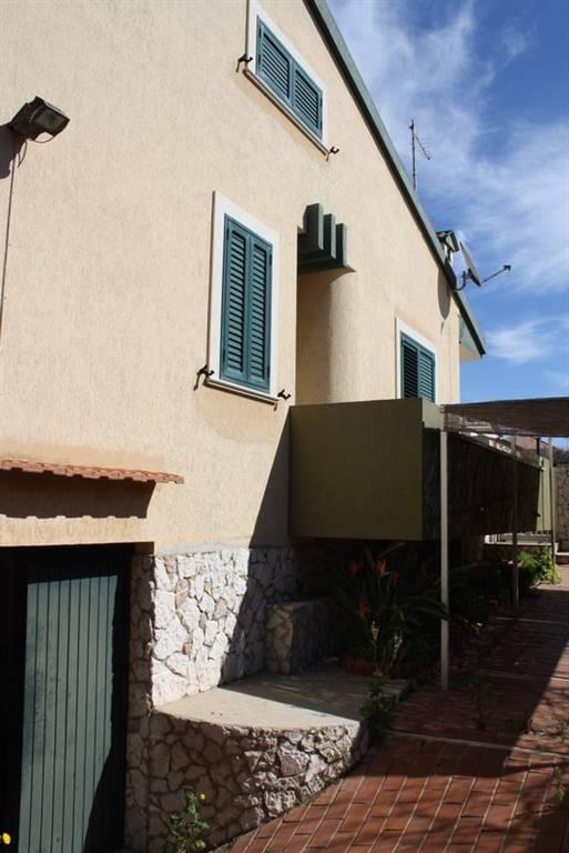 Villa in vendita a Santa Croce Camerina, 5 locali, zona Località: CASUZZE, prezzo € 180.000 | CambioCasa.it