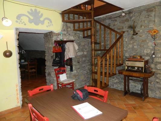Rustico / Casale in vendita a Villafranca in Lunigiana, 5 locali, prezzo € 230.000 | CambioCasa.it