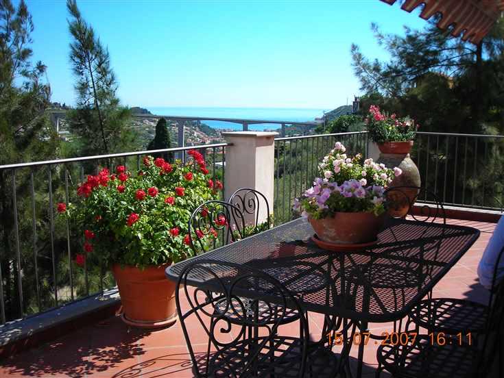 Villa in vendita a Vallebona, 6 locali, prezzo € 670.000 | Cambio Casa.it