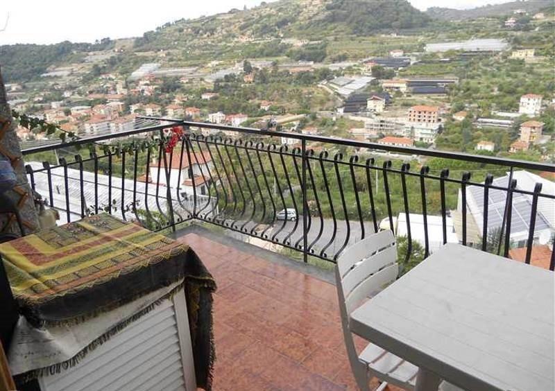 Appartamento in vendita a Bordighera, 2 locali, prezzo € 160.000 | Cambio Casa.it