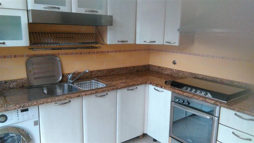 Appartamento in vendita a Ventimiglia, 5 locali, prezzo € 360.000 | Cambio Casa.it