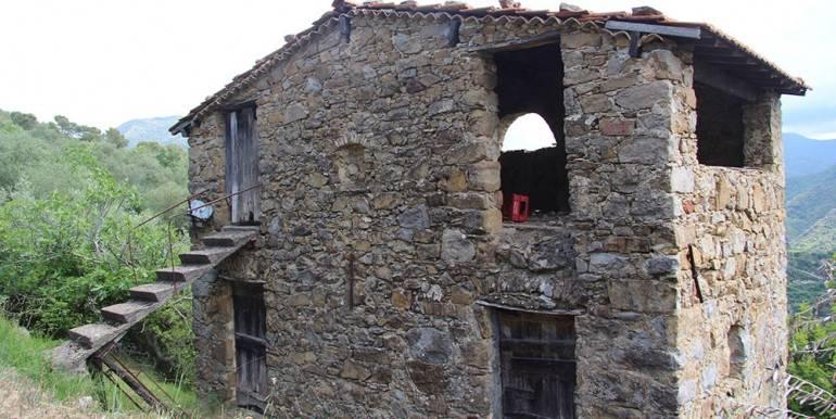 Terreno Agricolo in vendita a Dolceacqua, 4 locali, prezzo € 155.000 | CambioCasa.it