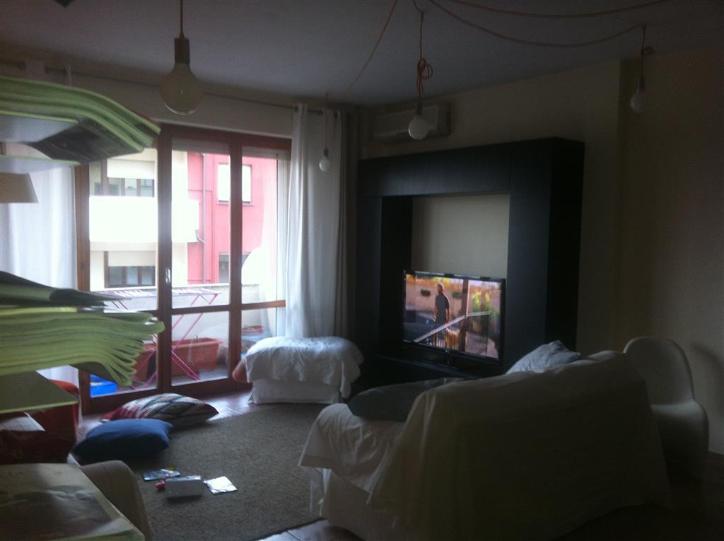 Appartamento in vendita a Pontedera, 5 locali, prezzo € 220.000 | Cambio Casa.it