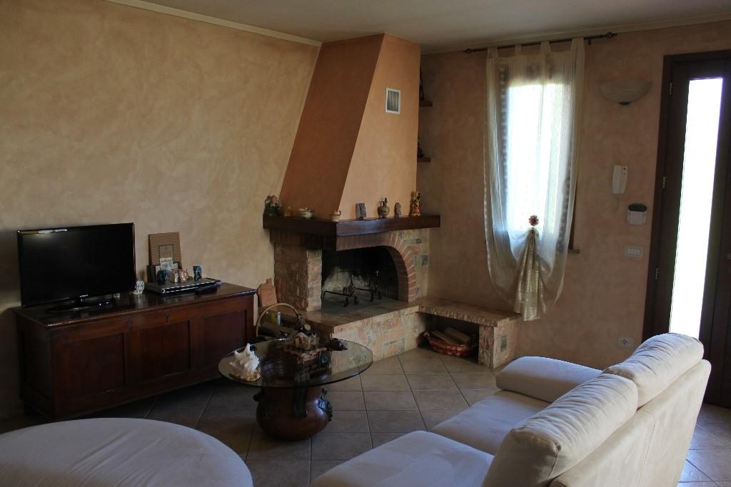 Villa a schiera, Santa Maria a Monte, in nuova costruzione