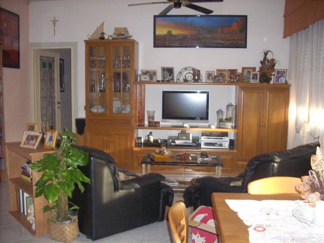 Soluzione Indipendente in vendita a Vecchiano, 4 locali, zona Località: NODICA, prezzo € 290.000 | Cambio Casa.it