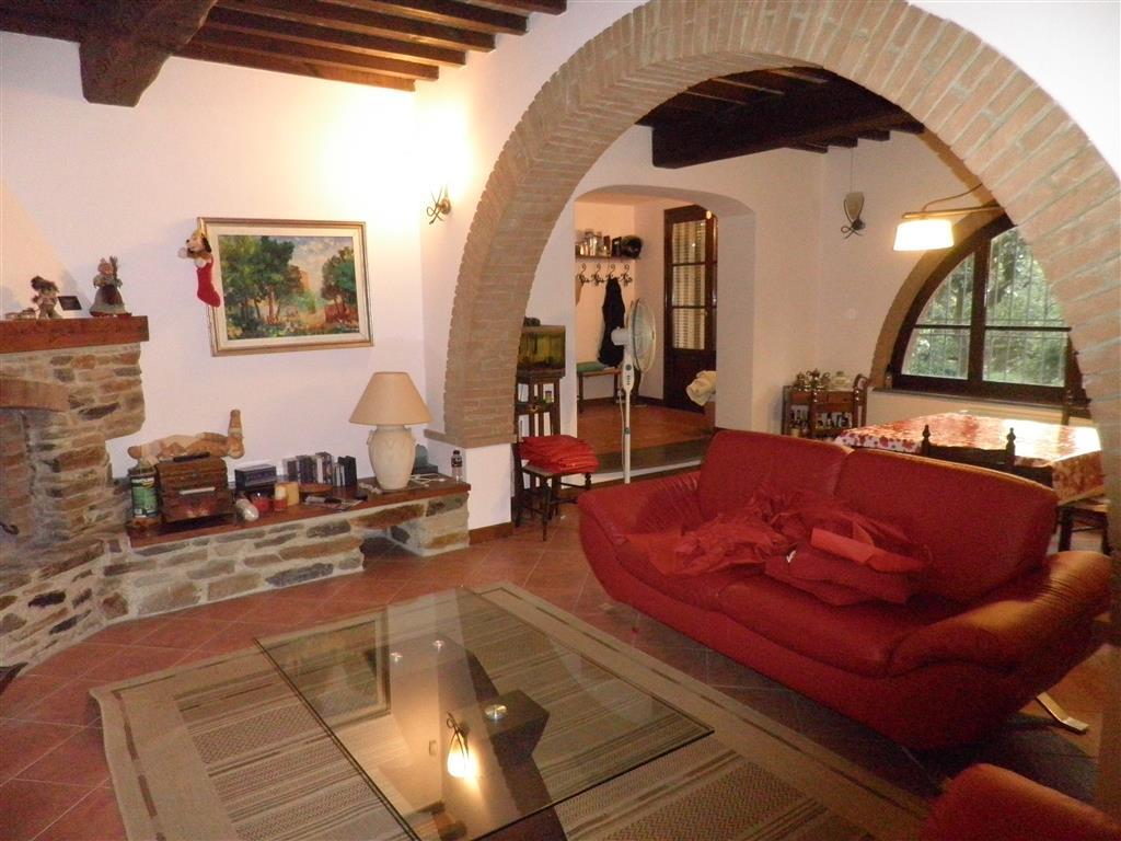 Rustico / Casale in vendita a Collesalvetti, 6 locali, zona Zona: Castell'Anselmo, prezzo € 450.000 | Cambio Casa.it
