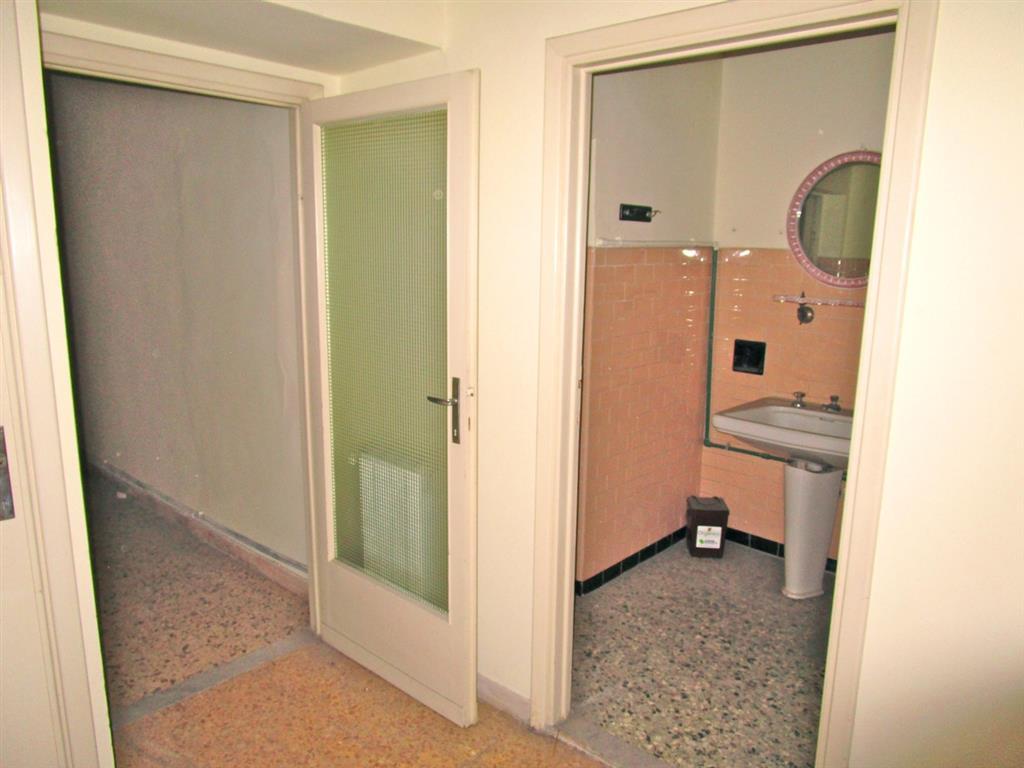 Trilocale pisa vendita 75 mq riscaldamento for Ristrutturare appartamento 75 mq