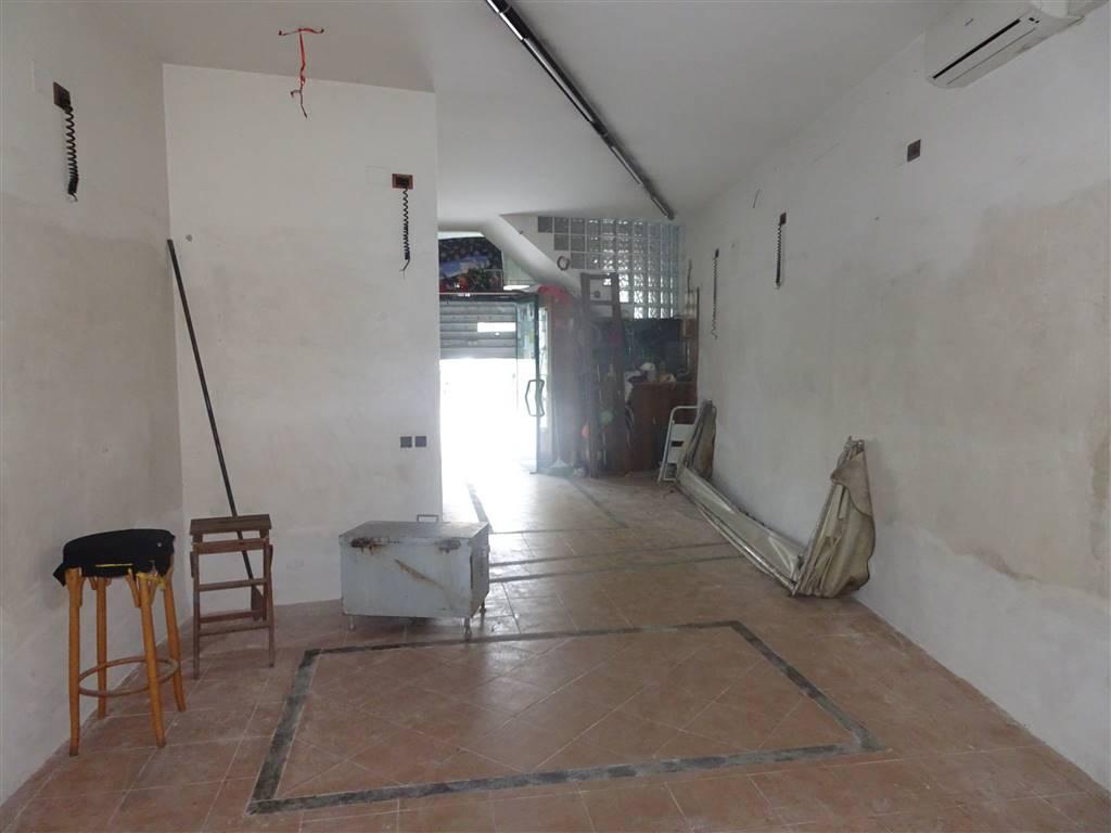 Attività / Licenza in vendita a San Giuliano Terme, 4 locali, zona Zona: Gello, prezzo € 125.000   CambioCasa.it