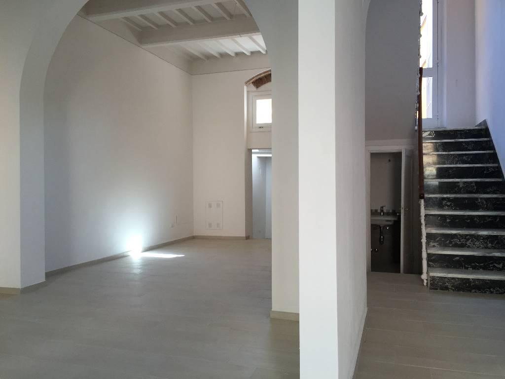 Soluzione Indipendente in vendita a Calci, 6 locali, prezzo € 370.000 | Cambio Casa.it