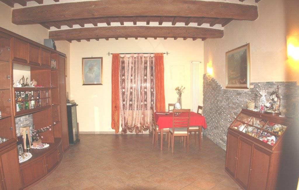 Rustico / Casale in vendita a Cascina, 8 locali, zona Zona: San Lorenzo alle Corti, prezzo € 365.000 | Cambio Casa.it