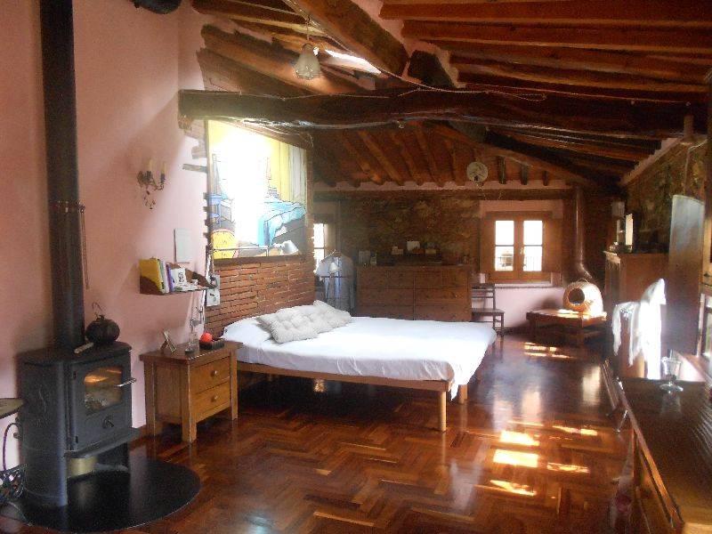 Soluzione Indipendente in vendita a Calci, 7 locali, zona Zona: MonteMagno, prezzo € 550.000 | Cambio Casa.it