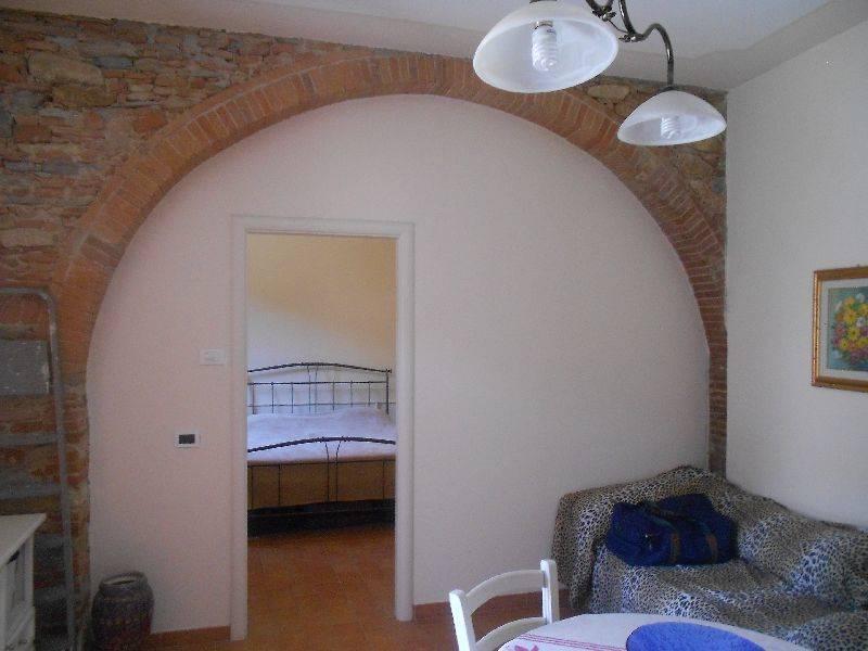Appartamento in vendita a Buti, 2 locali, prezzo € 63.000 | Cambio Casa.it