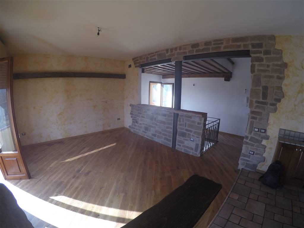 Soluzione Indipendente in vendita a Vecchiano, 5 locali, zona Zona: Migliarino, prezzo € 260.000 | Cambio Casa.it
