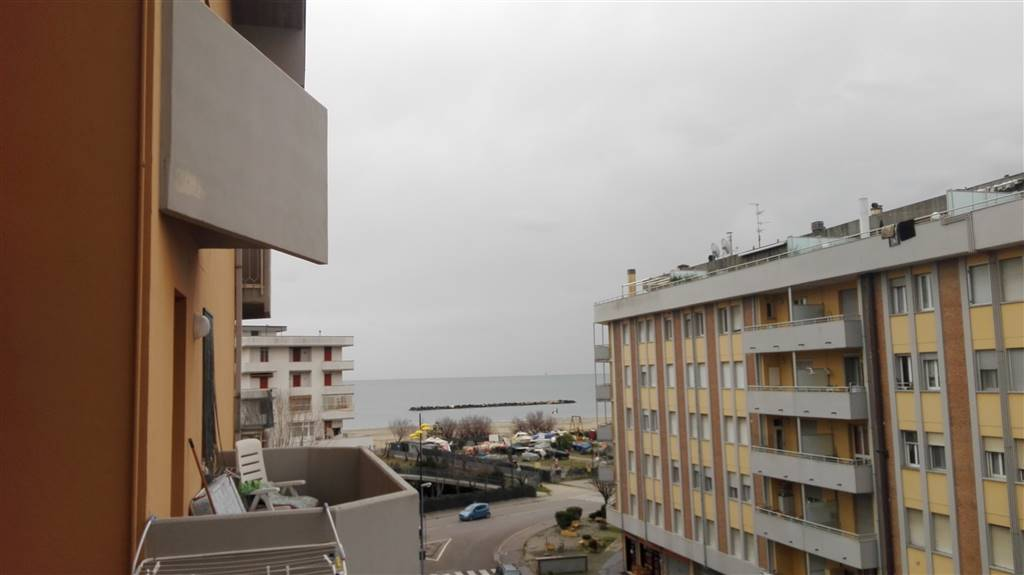 Appartamento in vendita a Ravenna, 3 locali, zona Zona: Lido Adriano, Trattative riservate | Cambio Casa.it