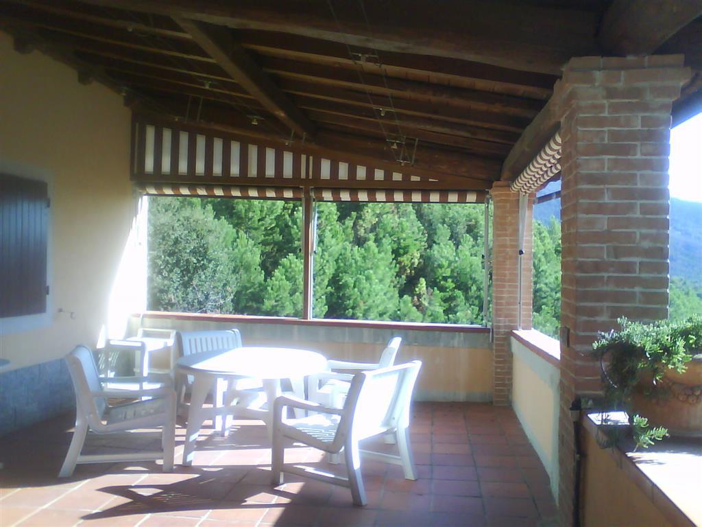 Villa in vendita a Calci, 10 locali, prezzo € 500.000   Cambio Casa.it