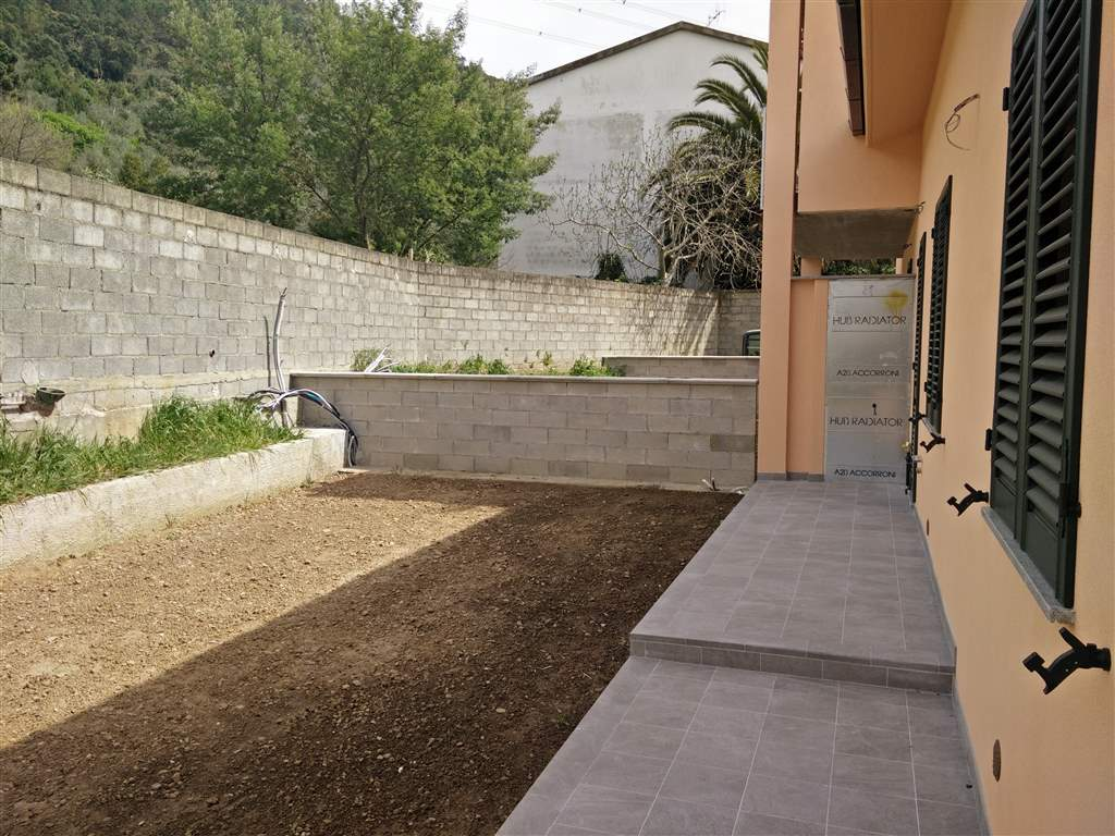 Soluzione Indipendente in vendita a Calci, 8 locali, zona Zona: La Gabella, prezzo € 490.000 | Cambio Casa.it