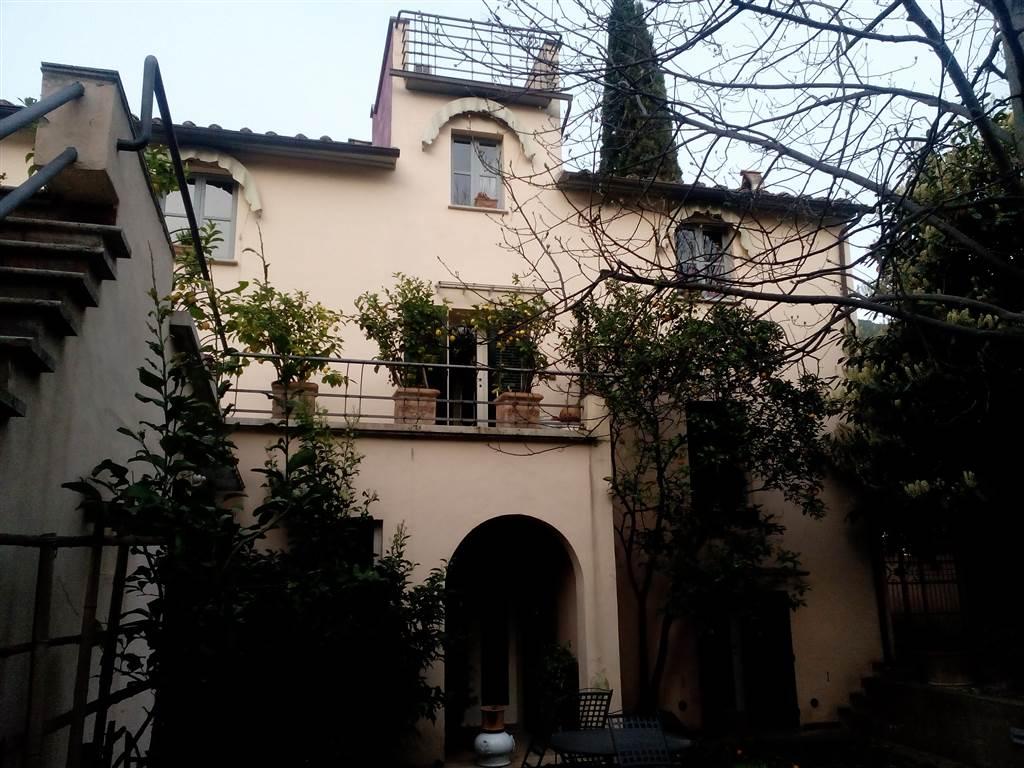 Villa in vendita a San Giuliano Terme, 8 locali, zona Zona: Asciano, prezzo € 800.000   Cambio Casa.it