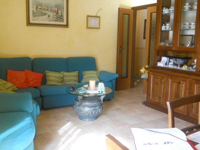 Appartamento in vendita a Calci, 5 locali, prezzo € 205.000   Cambio Casa.it