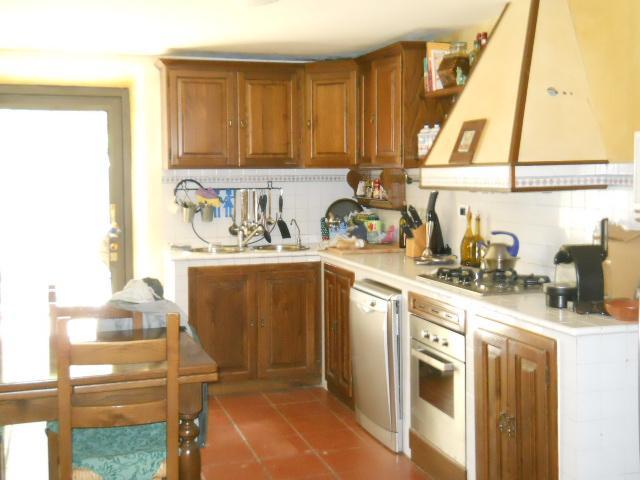 Rustico / Casale in vendita a Calci, 6 locali, zona Zona: MonteMagno, prezzo € 265.000   Cambio Casa.it