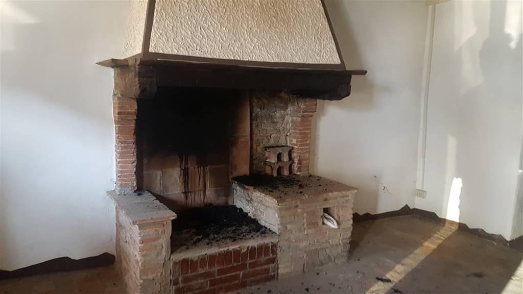 Soluzione Indipendente in vendita a Calci, 4 locali, zona Zona: Il Colle, prezzo € 70.000 | Cambio Casa.it