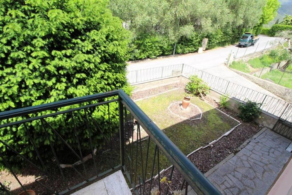 Villa in vendita a Calci, 8 locali, prezzo € 275.000 | CambioCasa.it