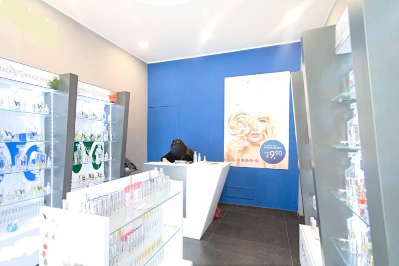 Attività / Licenza in affitto a Roma, 2 locali, zona Zona: 3 . Trieste - Somalia - Salario, prezzo € 1.800 | Cambio Casa.it