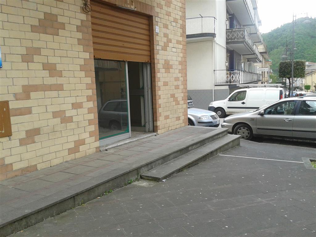Negozio / Locale in affitto a Fisciano, 9999 locali, zona Zona: Lancusi, prezzo € 350 | Cambio Casa.it