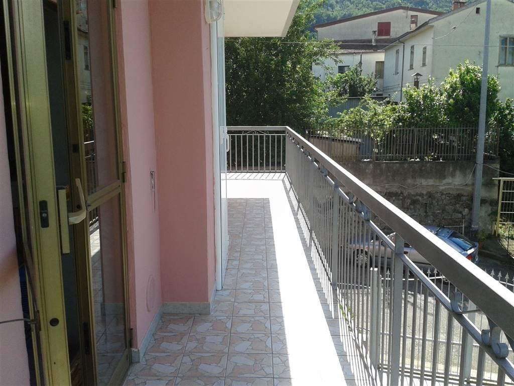 Appartamento in vendita a Baronissi, 4 locali, zona Zona: Antessano, prezzo € 145.000 | Cambio Casa.it