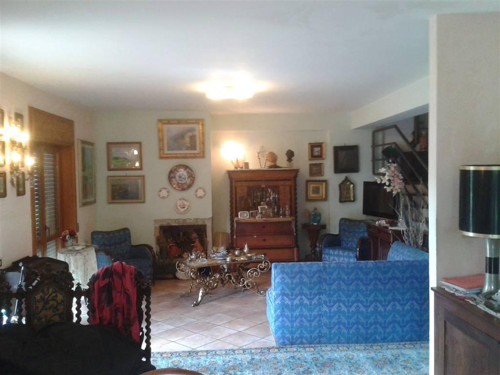 Villa a Schiera in Vendita a Baronissi