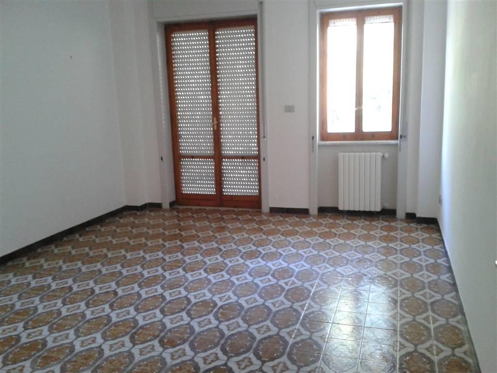 Appartamento in affitto a Baronissi, 4 locali, prezzo € 500 | Cambio Casa.it