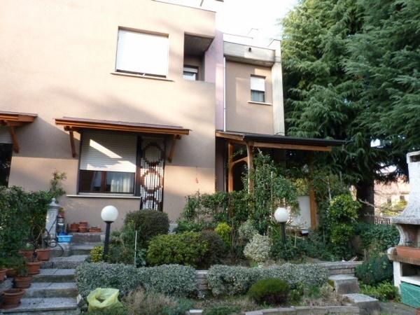 Villa a schiera, Lurate Caccivio, abitabile