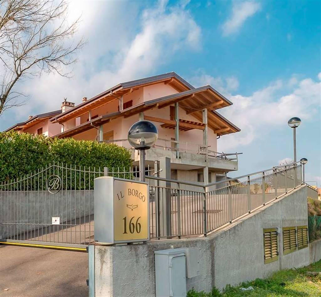 Case alzate brianza compro casa alzate brianza in vendita for Affitti della cabina della penisola olimpica