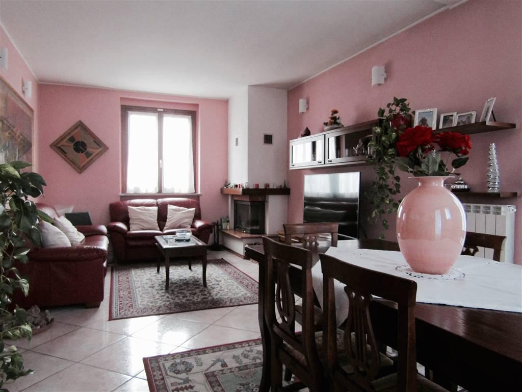 Villa-Villetta  in Vendita a Como