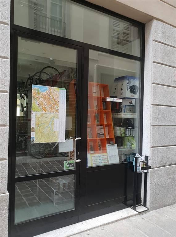 negozio  in Affitto a Como