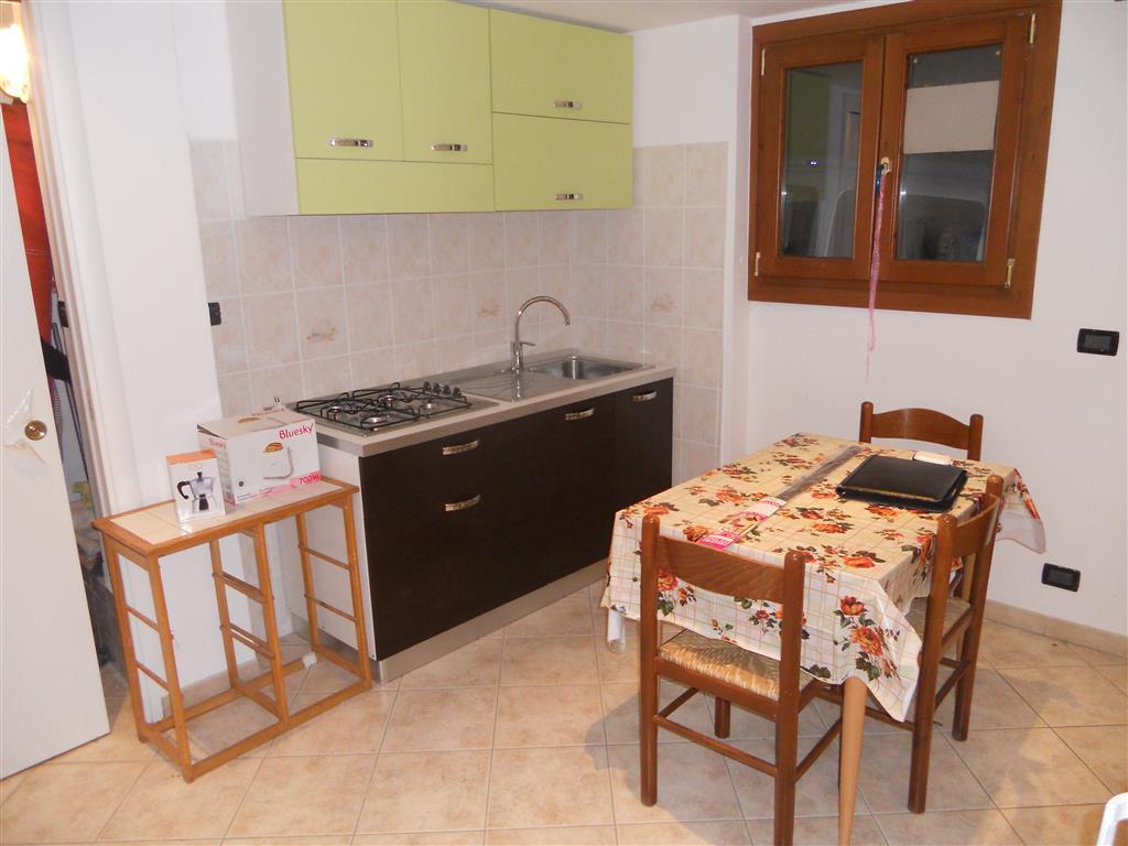Appartamento indipendente, Apricale, ristrutturato