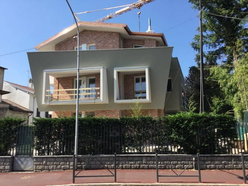 Trilocale in Via Carugo, Rovellasca
