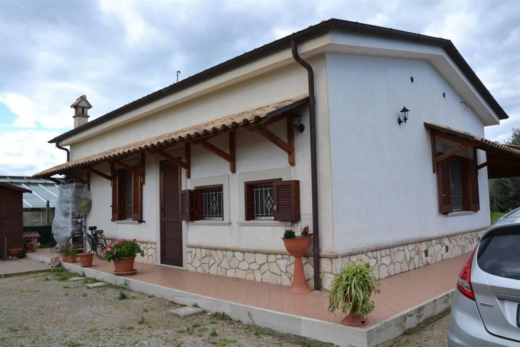 Villino in Via Marne, Sperlonga