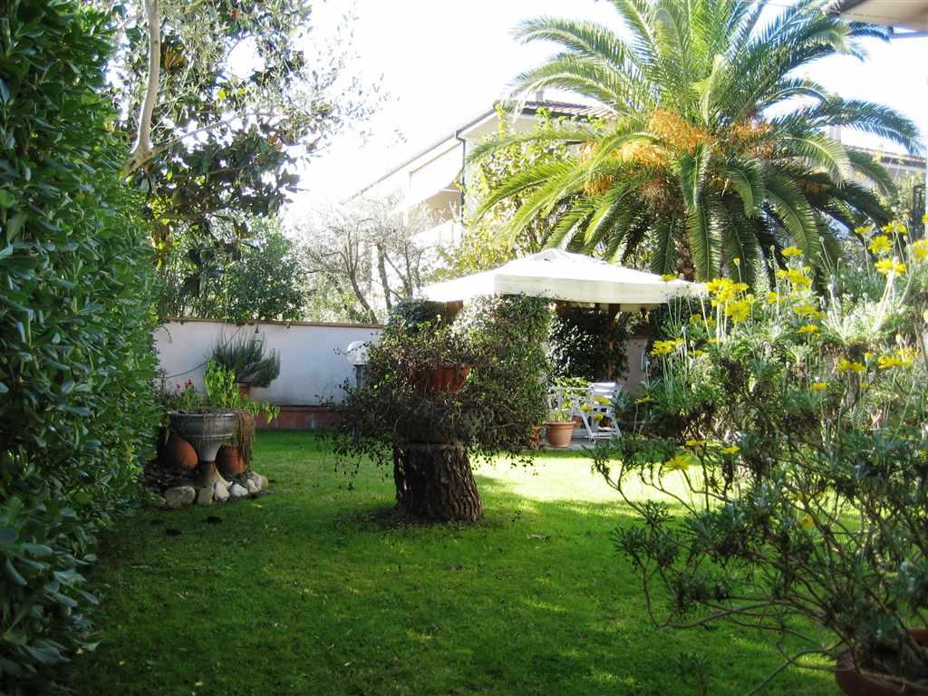 Villa in vendita a Bientina, 9 locali, zona Zona: Quattro Strade, prezzo € 450.000 | Cambio Casa.it