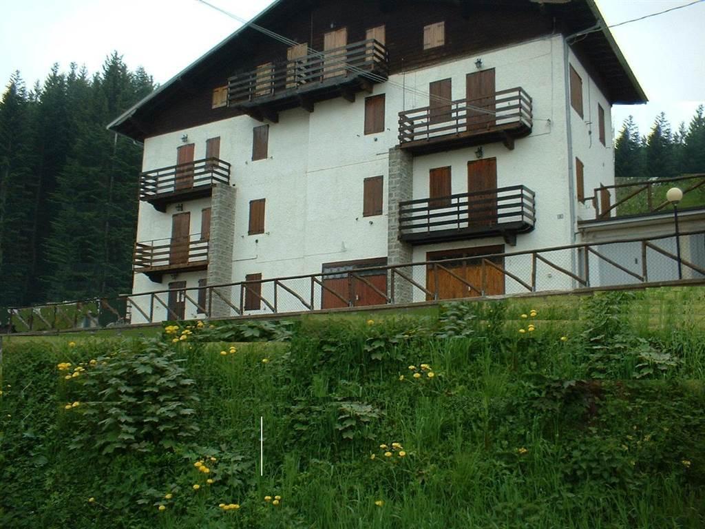 Appartamento in vendita a Pievepelago, 3 locali, prezzo € 95.000 | CambioCasa.it