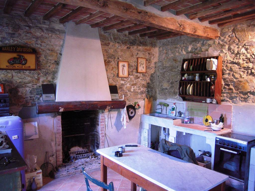 Rustico / Casale in vendita a Camaiore, 2 locali, prezzo € 210.000 | Cambio Casa.it