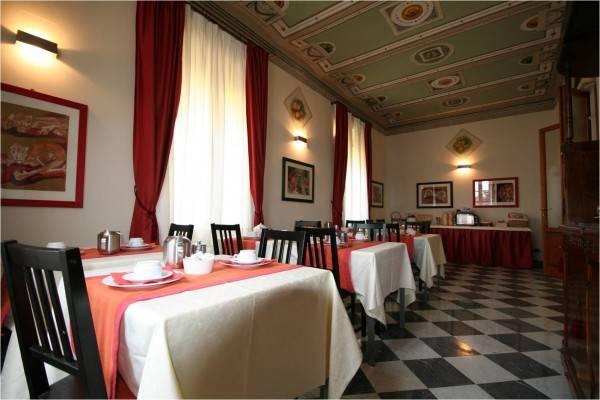 Villa in vendita a Viareggio, 10 locali, zona Zona: Torre del Lago Puccini, prezzo € 800.000 | Cambio Casa.it