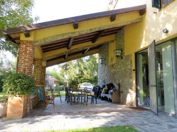 Rustico / Casale in vendita a Massarosa, 9 locali, zona Zona: Piano di Conca, prezzo € 650.000 | Cambio Casa.it
