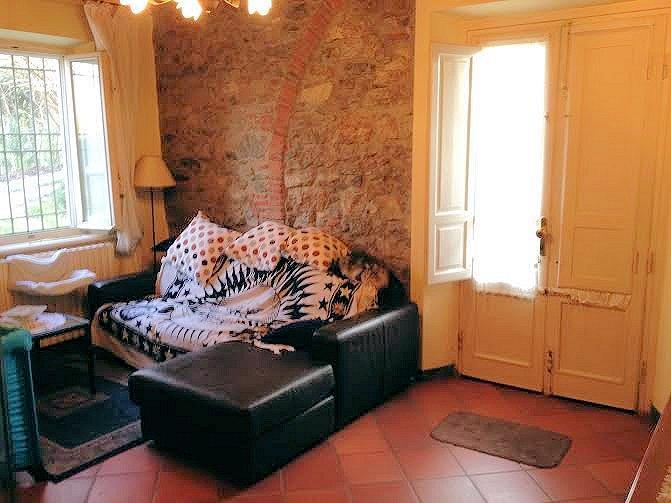 Soluzione Indipendente in vendita a Lucca, 5 locali, zona Zona: Nozzano Castello, prezzo € 205.000 | Cambio Casa.it