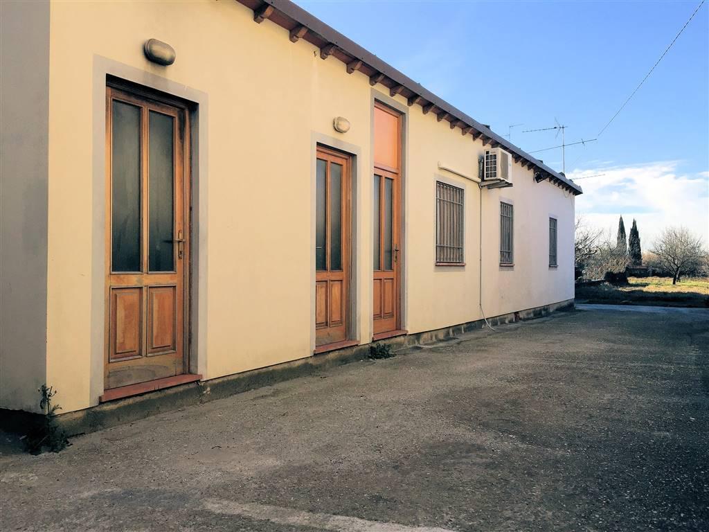 Soluzione Indipendente in vendita a Massarosa, 4 locali, zona Località: MASSAROSA (CAPOLUOGO, prezzo € 110.000 | Cambio Casa.it
